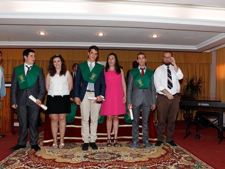 graduacion-2bto-2012-13-38_9134960902_o